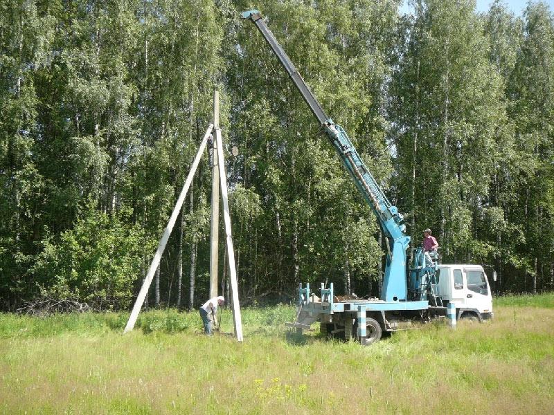Трубостойка для ввода электричества на участок своими руками